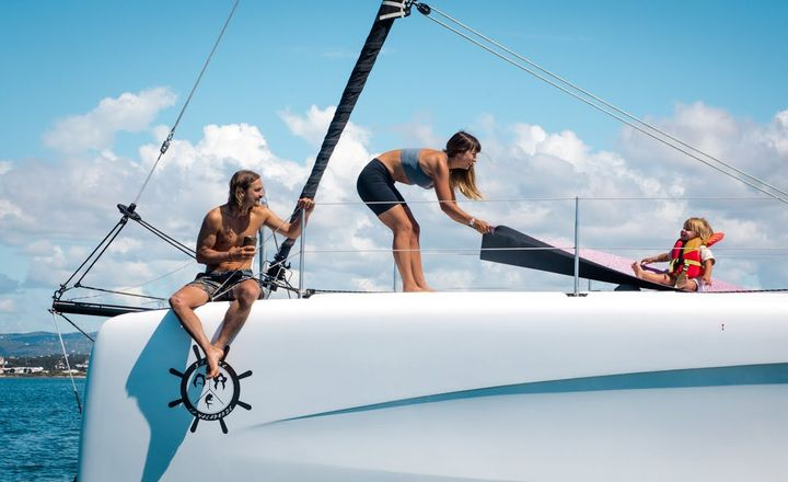 Shock Alert! This Family Spent over 5 Years Sailing the World